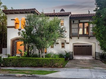 243 Newport Avenue, Long Beach, CA, 90803,