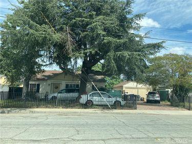 724 Lewis Street, Pomona, CA, 91768,