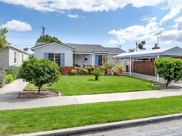 814 W Amerige Avenue, Fullerton, CA, 92832,