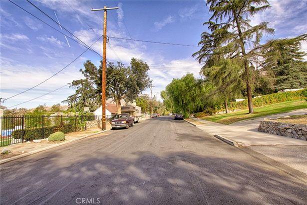 10408 Fairgrove Avenue