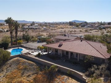 233 Safari Drive, Needles, CA, 92363,