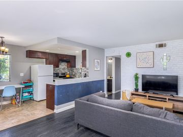 609 S. Newhope Street  #26, Santa Ana, CA, 92704,