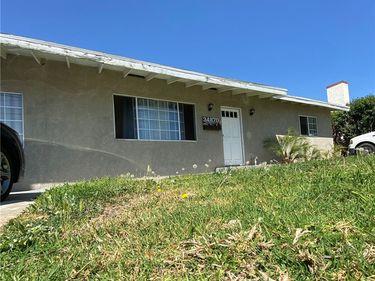 34870 County Line Road, Yucaipa, CA, 92399,