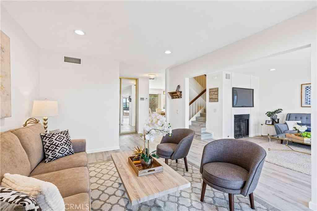 736 Portola Terrace, Los Angeles, CA, 90042,