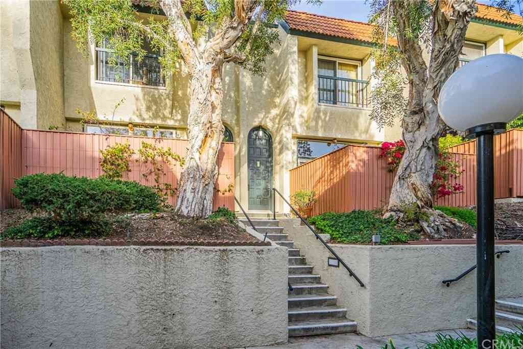 11260 Overland Avenue #26D, Culver City, CA, 90230,