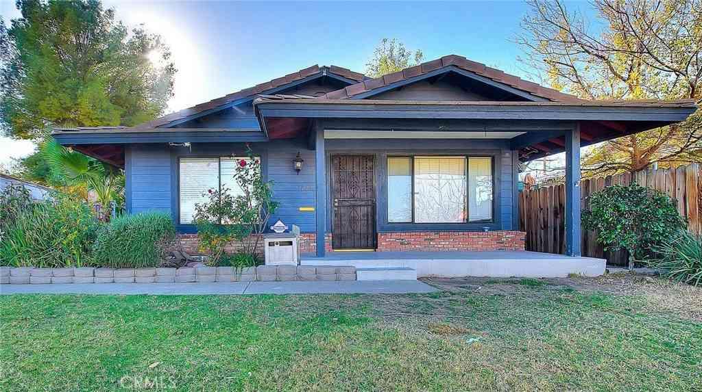 1108 Fullerton Avenue, Corona, CA, 92879,