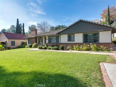 1329 E Mountain Street, Glendale, CA, 91207,