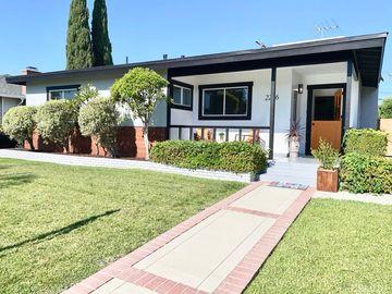 2246 Mcnab Avenue, Long Beach, CA, 90815,