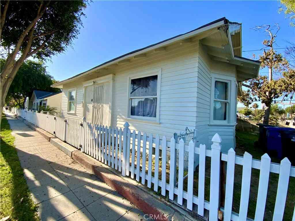 6847 San Juan Street, Paramount, CA, 90723,
