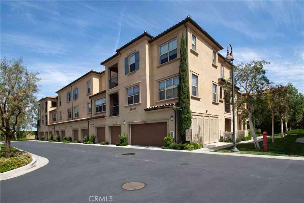98 Capricorn, Irvine, CA, 92618,