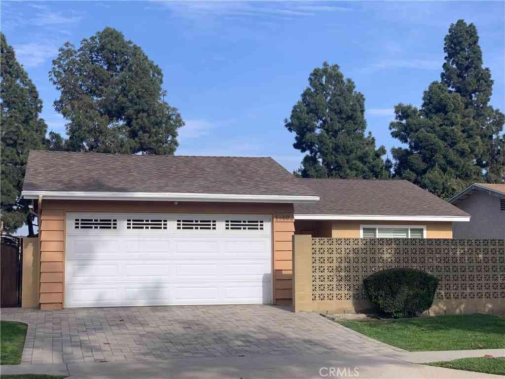 19602 Lusk Avenue, Cerritos, CA, 90703,