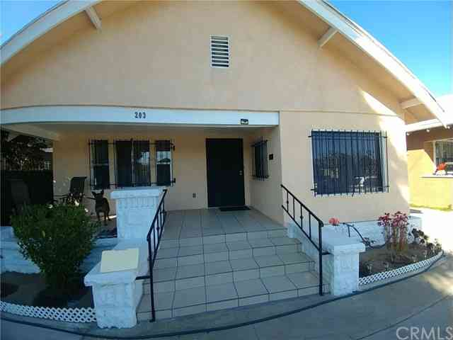203 West 51st Street, Los Angeles, CA, 90037,