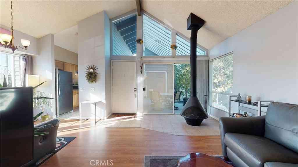 25405 Pine Creek Lane, Wilmington, CA, 90744,