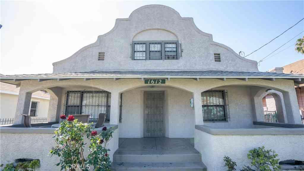 1612 W 37th Street, Los Angeles, CA, 90018,