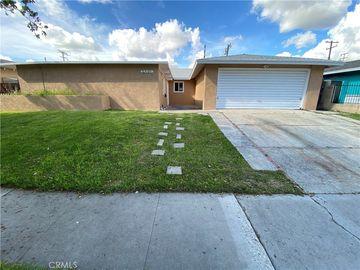 2901 W Lingan Lane, Santa Ana, CA, 92704,