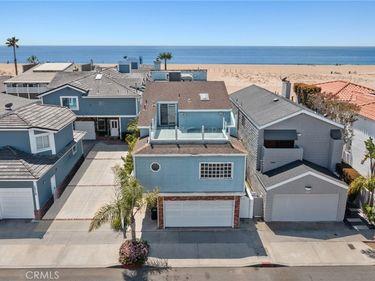 1317 E Balboa Boulevard, Newport Beach, CA, 92661,