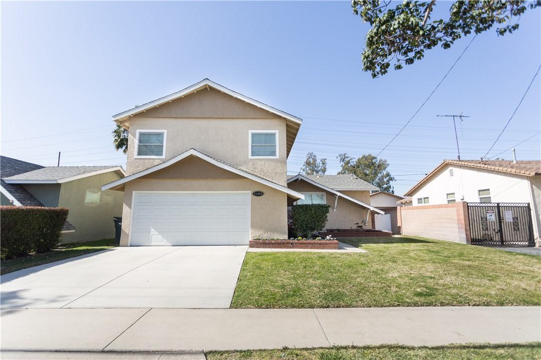 21223 Longworth Avenue, Lakewood, CA, 90715,