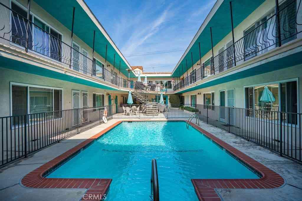 1101 E Ocean Boulevard #19, Long Beach, CA, 90802,
