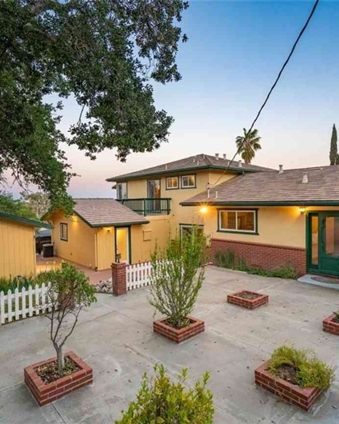 1750 Highland Park Drive, Paso Robles, CA, 93446,