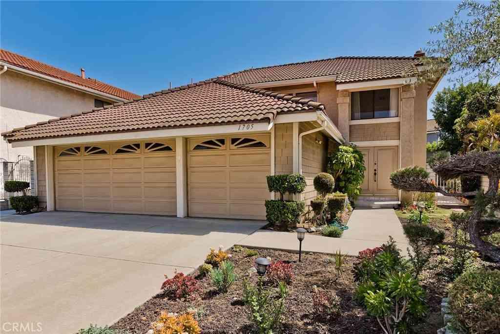 1705 Via Palermo, Montebello, CA, 90640,