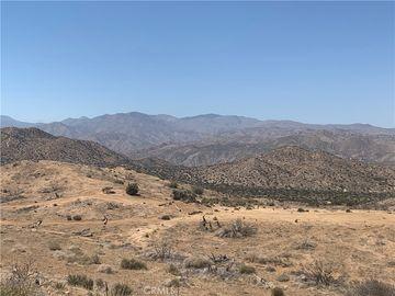 9040 Tamarisk Avenue, Yucca Valley, CA, 92284,