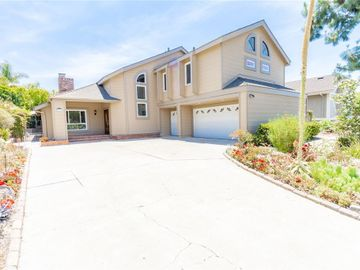 25892 La Cuesta Avenue, Laguna Hills, CA, 92653,
