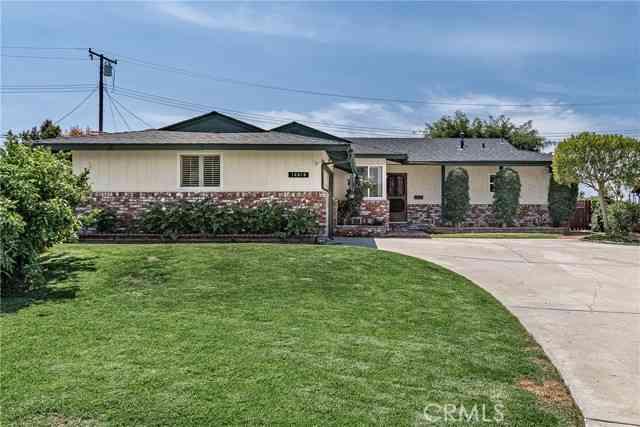 14818 Crestoak Drive, La Mirada, CA, 90638,