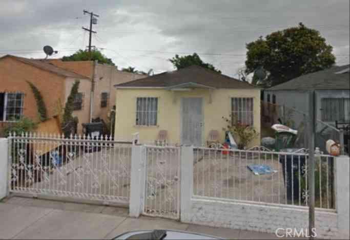 2204 E Oris Street, Compton, CA, 90222,
