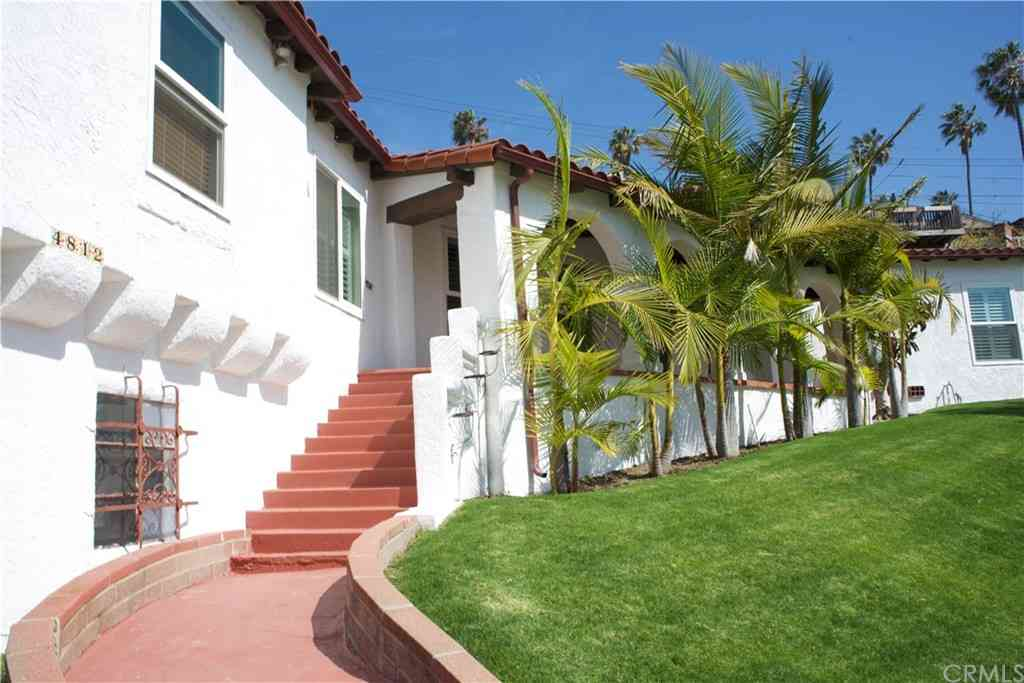 4812 S Mullen Avenue, View Park, CA, 90043,