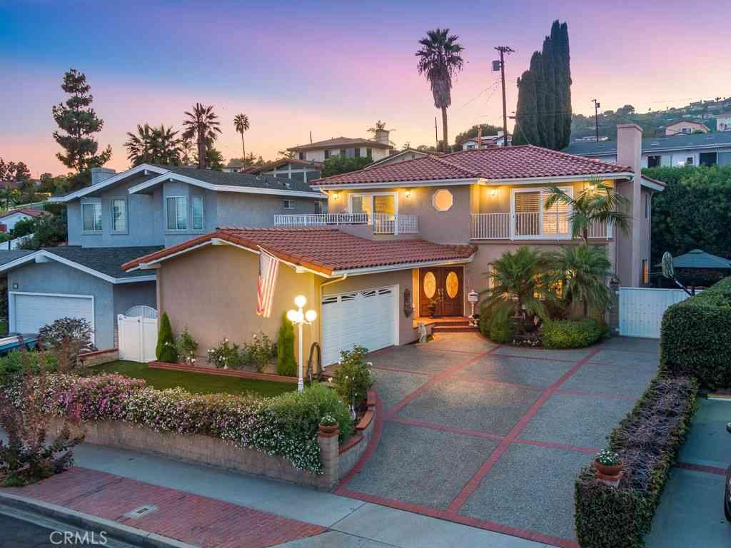 219 N Malgren Avenue, San Pedro, CA, 90732,
