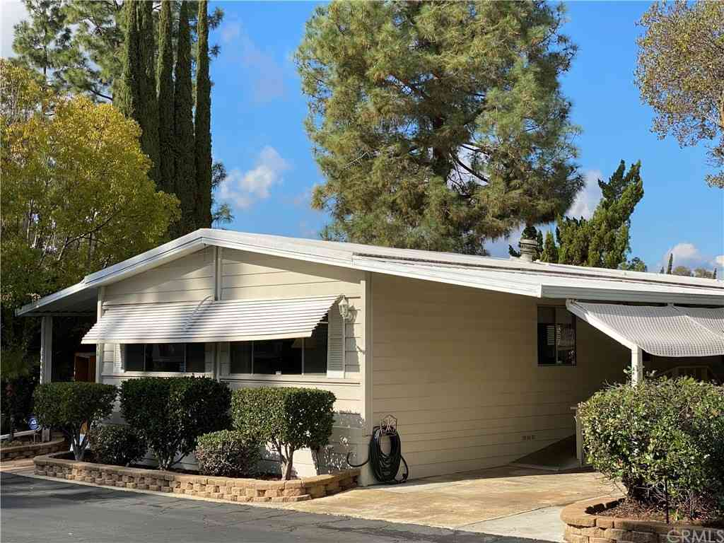 1751 W CITRACADO #SPACE 290, Escondido, CA, 92029,