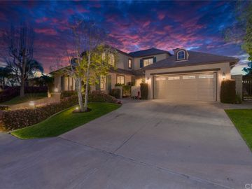 8125 E Bailey Way, Anaheim Hills, CA, 92808,