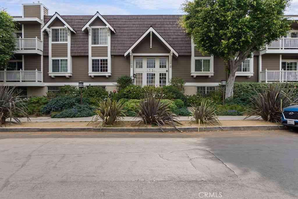 1731 Barry Avenue #202, Los Angeles, CA, 90025,