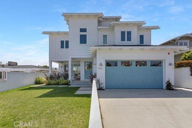 1307 S Gertruda Avenue Redondo Beach, CA, 90277