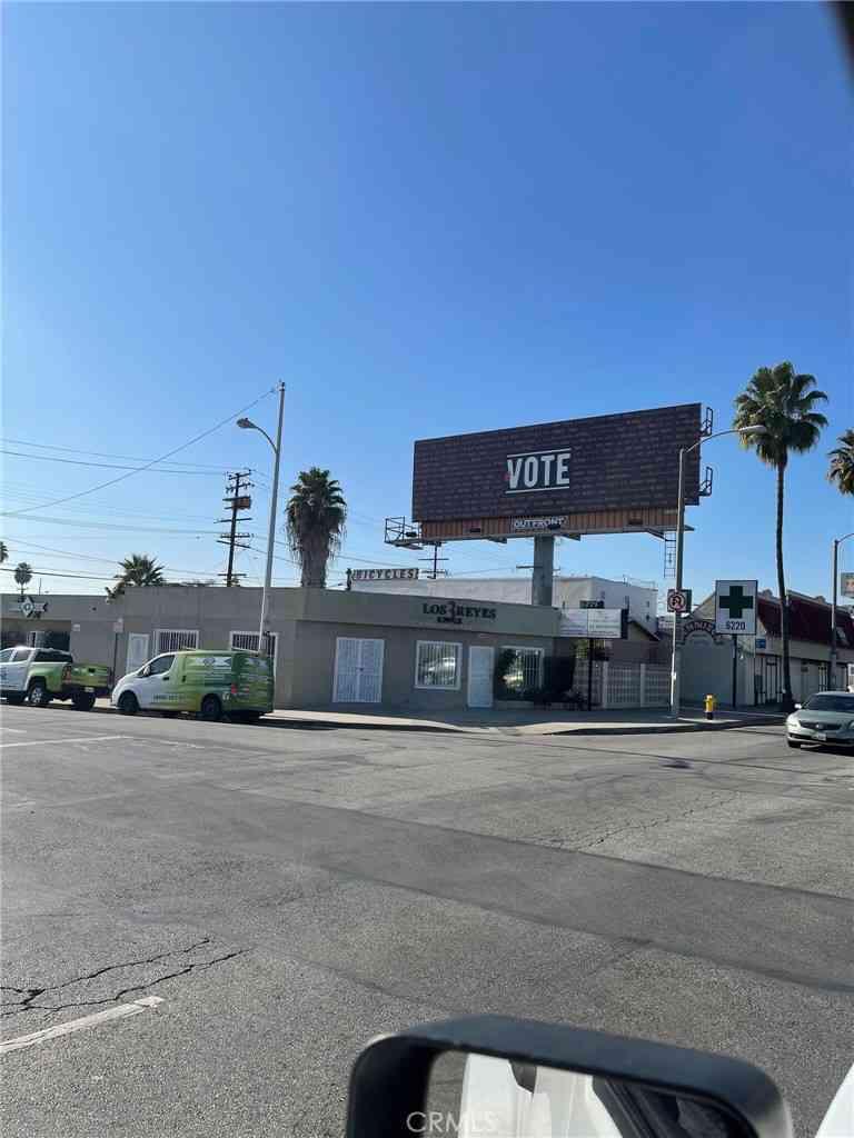 6226 Whittier Boulevard, Los Angeles, CA, 90022,