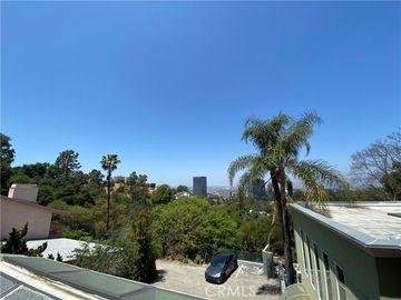 3208 Oakley Drive, Los Angeles, CA, 90068,