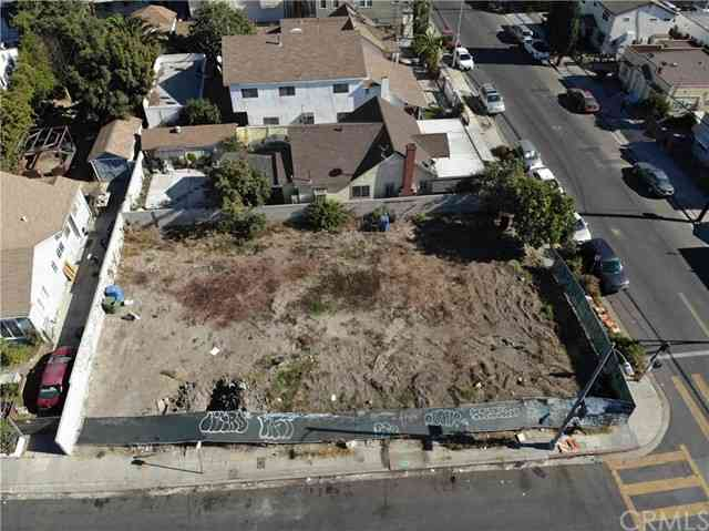 4421 Oakwood Avenue, Los Angeles, CA, 90004,