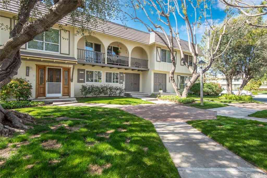 9857 Via Sonoma, Cypress, CA, 90630,