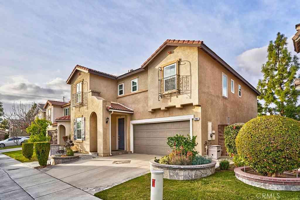 2385 W Caramia Street, Anaheim, CA, 92801,