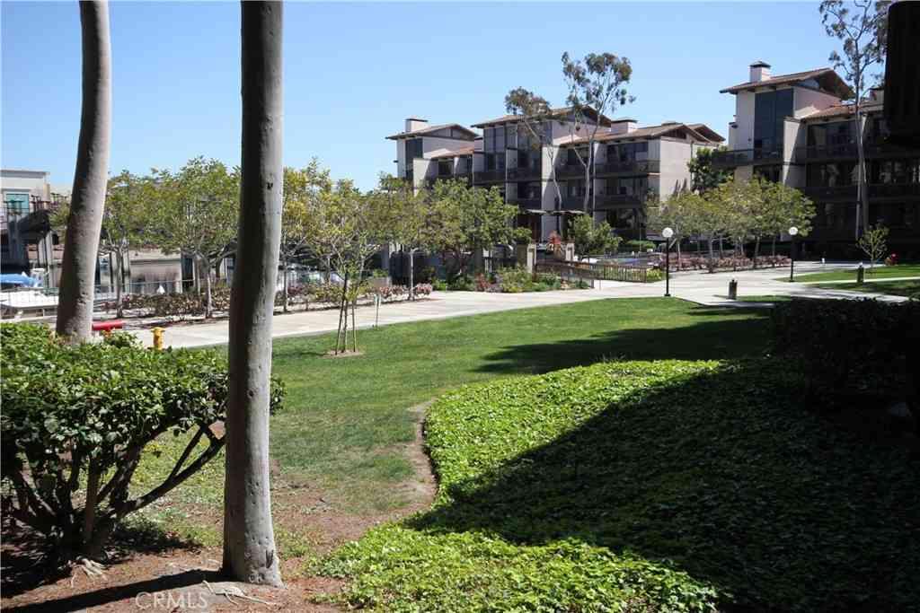 7112 Marina Pacifica Drive N, Long Beach, CA, 90803,