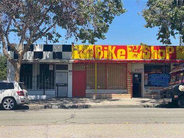 833 W Holt Avenue, Pomona, CA, 91768,