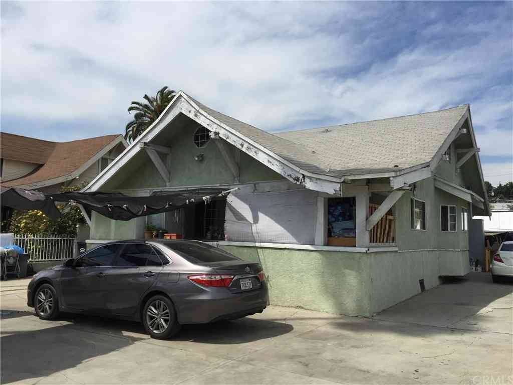 3511 E Cesar E Chavez Avenue, East Los Angeles, CA, 90063,