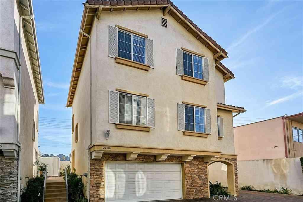 24007 Los Codona Avenue, Torrance, CA, 90505,