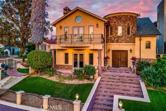 116 Termino Avenue, Long Beach, CA, 90803,