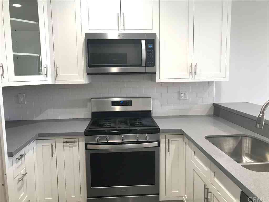 555 Maine Avenue #405, Long Beach, CA, 90802,