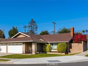 518 S Wrightwood Street, Orange, CA, 92869,