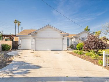18526 San Bernardino Avenue, Bloomington, CA, 92316,