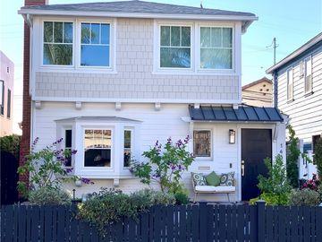 145 Claremont Avenue, Long Beach, CA, 90803,