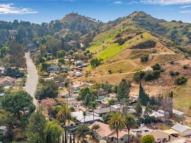 9711 Wheatland Avenue, Shadow Hills, CA, 91040,