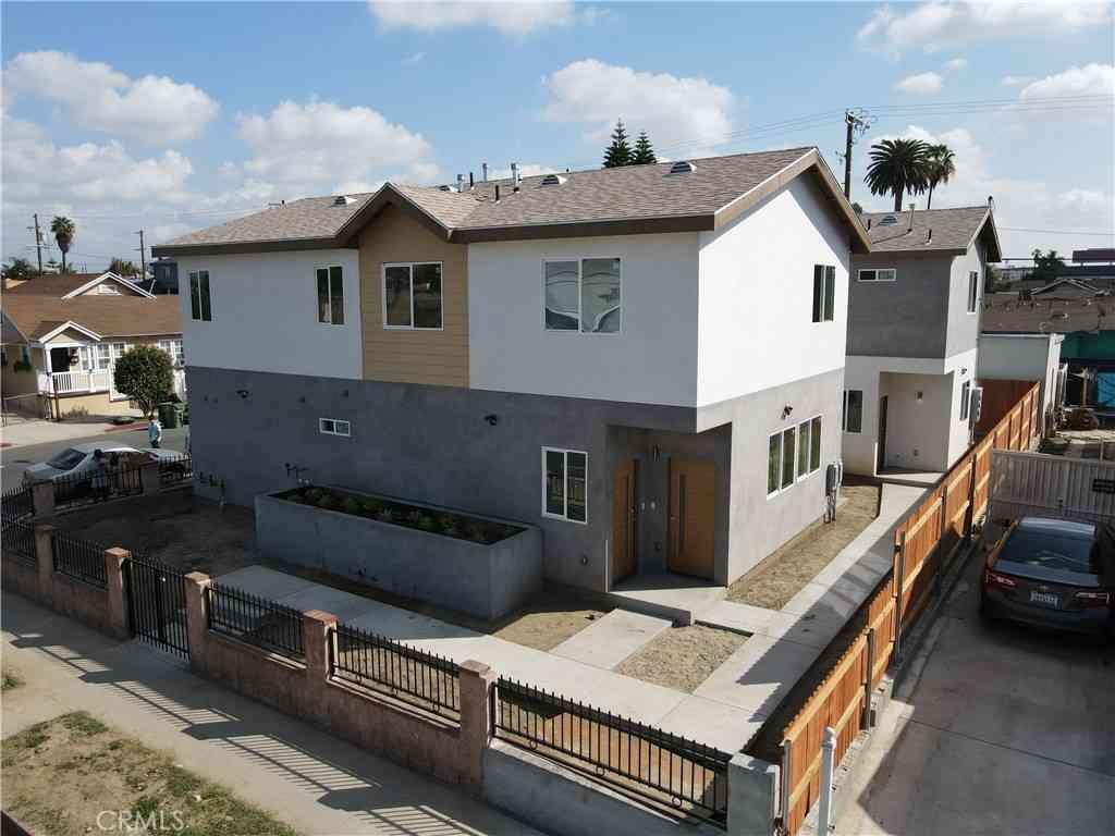 3928 S Normandie Ave, Los Angeles, CA, 90037,